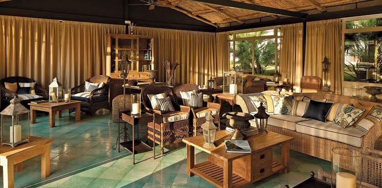 Garden & Villa Resort, reading room