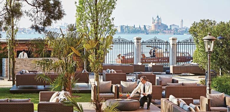 San Clemente Palace Kempinski Venice, garden bar