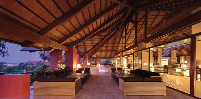 Barcelo Asia Gardens & Thai Spa, terrace evening
