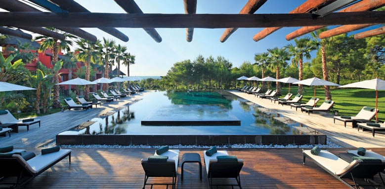 Barcelo Asia Gardens & Thai Spa, terrace & pool