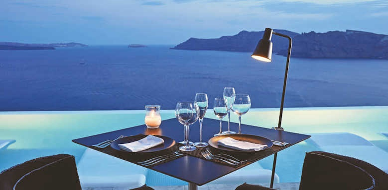 canaves oia suites, restaurant view
