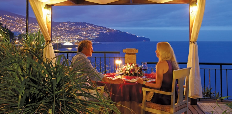 The Cliff Bay, romantic dinner