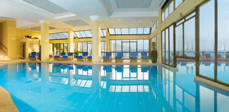 The Cliff Bay, indoor pool