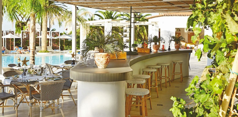 Grecotel Caramel, pool lounge