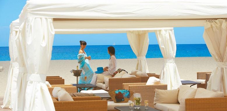 dreta palace, beach cabana