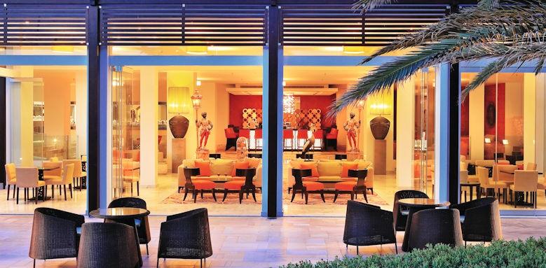creta palace, outdoor lobby