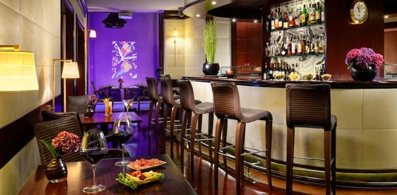 Hotel L'Orologio, bar