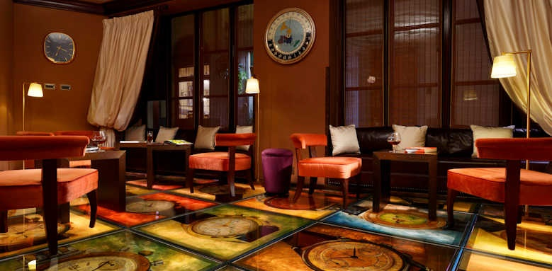 Hotel L'Orologio, smoking lounge