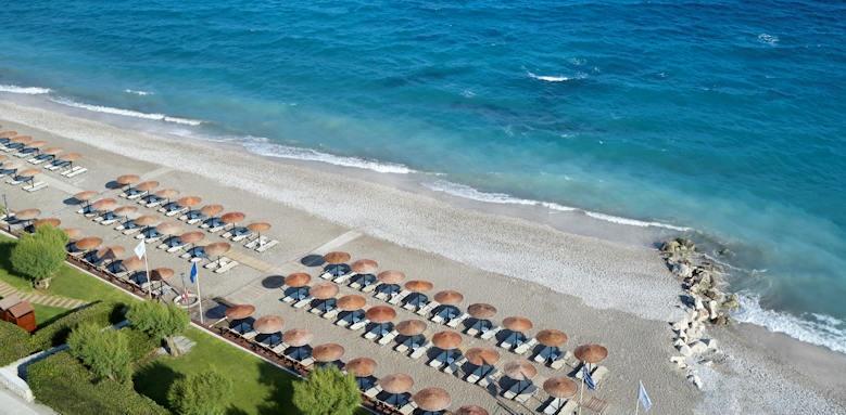 Rhodes Bay Hotel, beach