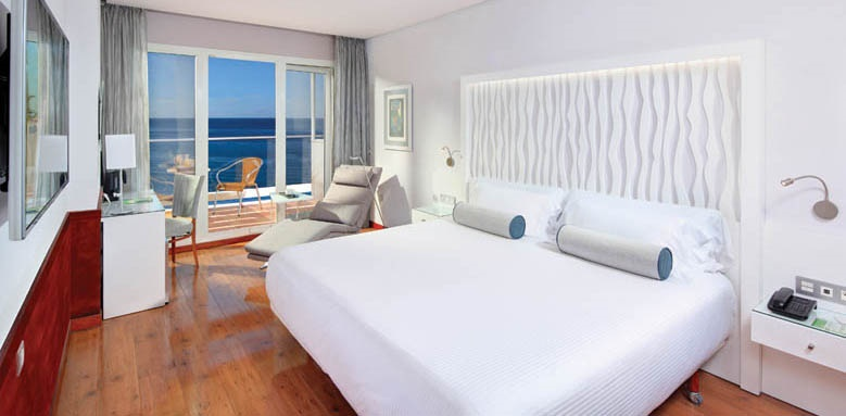 Hotel Fuerte Miramar, double room with front sea view
