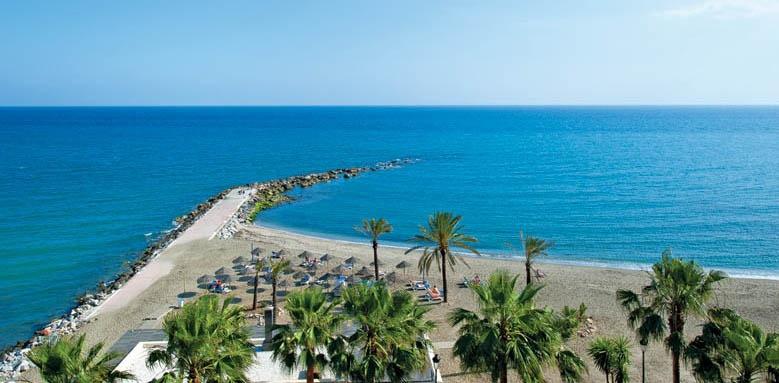 Fuerte Miramar, beach