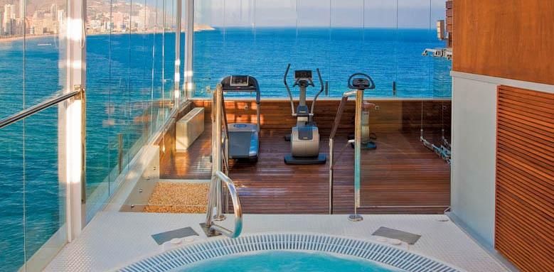 Villa Venecia, gym and pool
