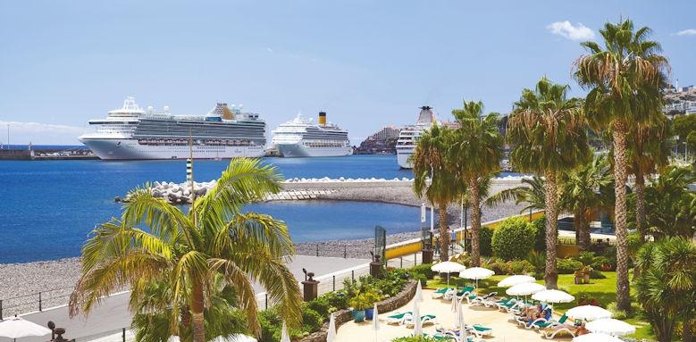 Porto santa Marina, view