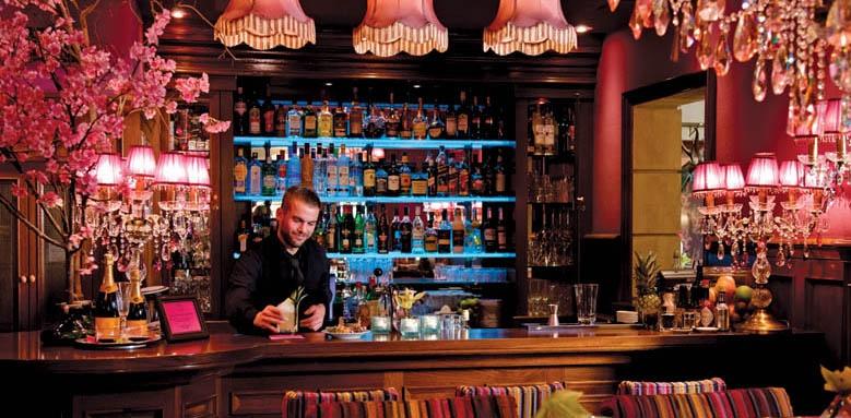 Hotel Estherea, bar