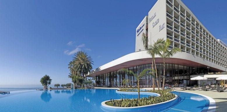 Pestana Casino Park, exterior and pool
