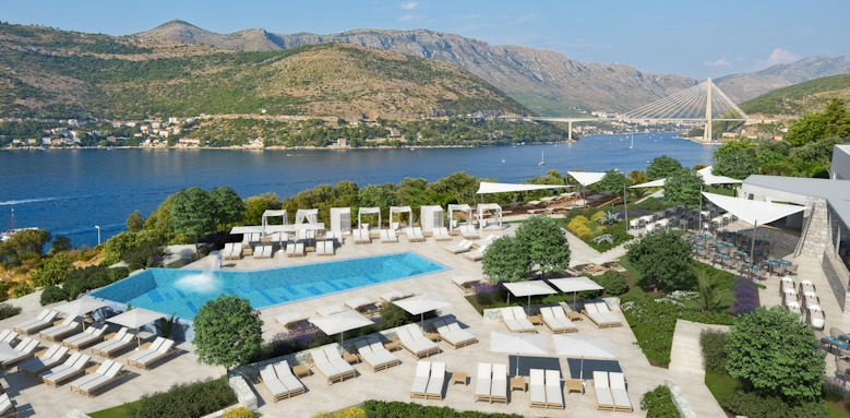 Valamar Argosy, outdoor pool