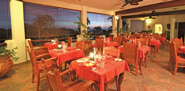 Sugar Cane Club Hotel & Spa, Inside Restaurant