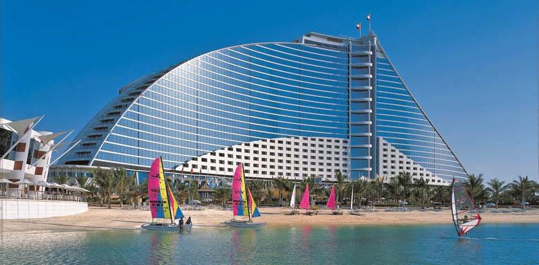Jumeirah Beach Hotel, view of hotel