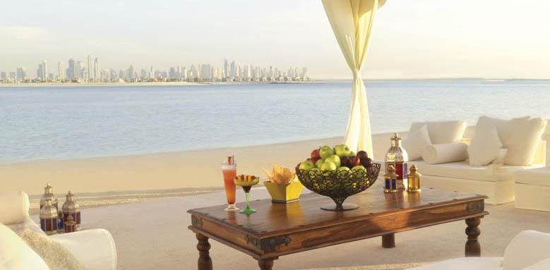Atlantis The Palm, Waterside lounge