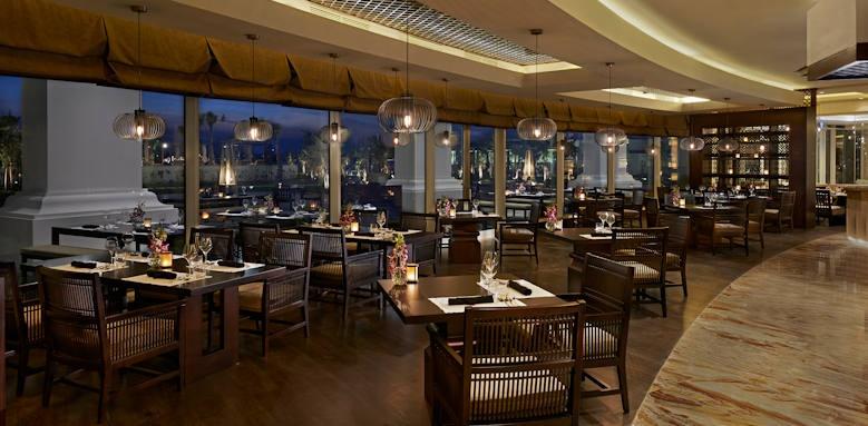 Waldorf Astoria the Palm, lao restaurant