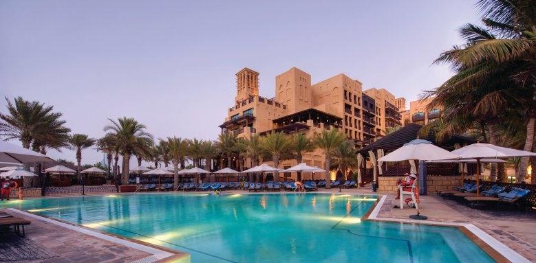 Madinat Jumeirah - Mina A'Salam, pool at dusk