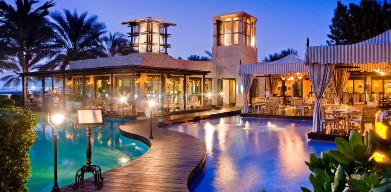 One & Only Royal Mirage - Arabian Court, Eauzone restaurant at night