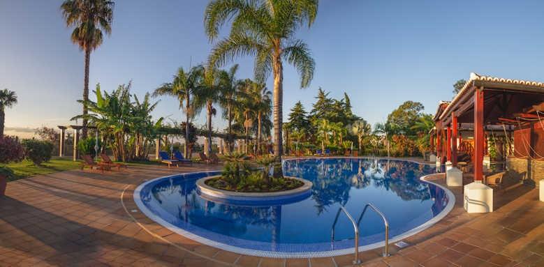 Jardins do Lago, swimming pool