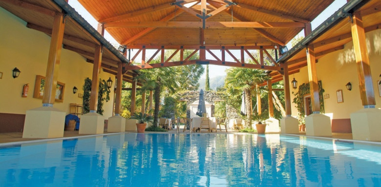 Qunita Jardins do Lago, semi covered pool