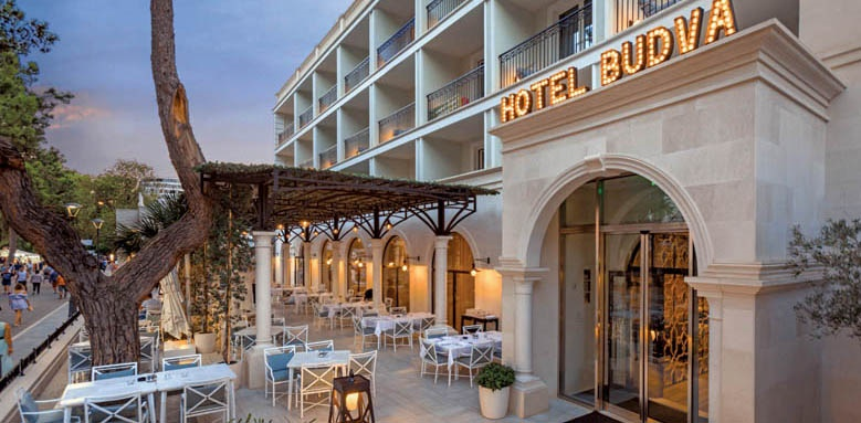 Hotel Budva Exterior Terrace and Bar