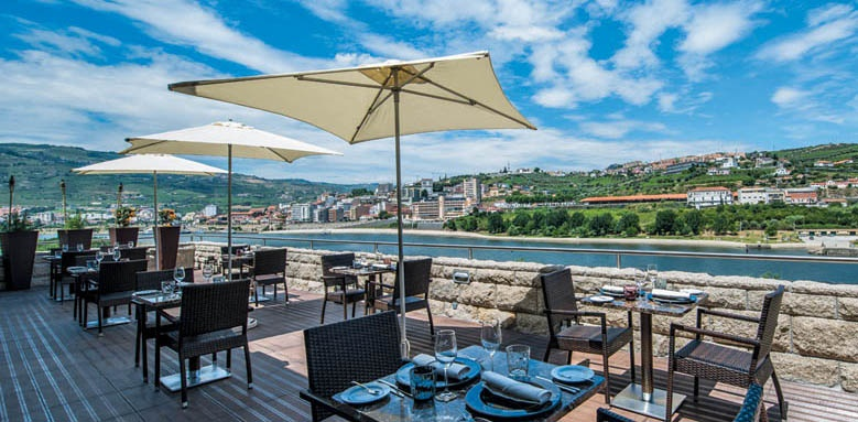 Vale Gale Douro, Terrace Resturant