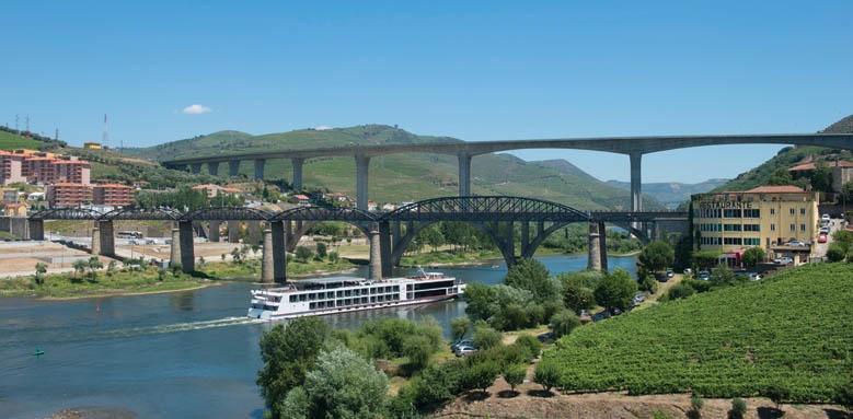 Vale Gale Douro, Surroundings