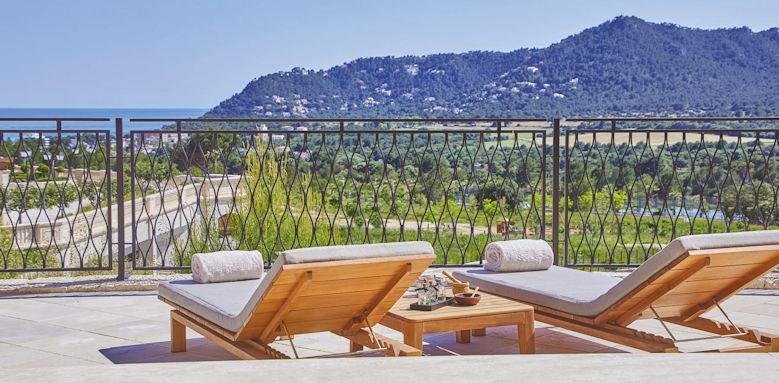 Park Hyatt Mallorca, sun loungers