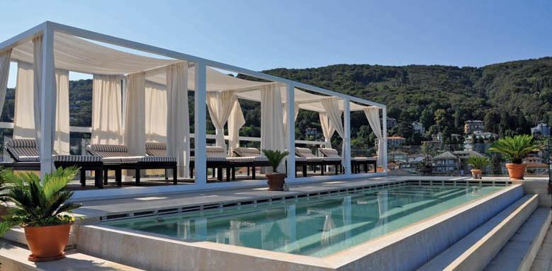 Hotel La Palma, pool cabanas