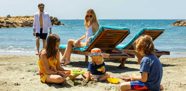 Amathus Beach Hotel Limassol, family on beach