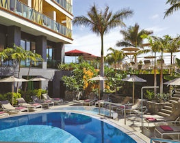 bohemia suite and spa, pool