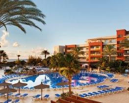 Elba Carlota Resort