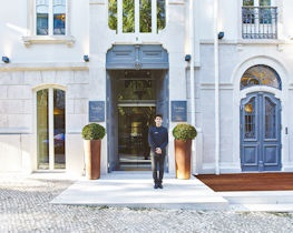 porto bay liberdade, outside