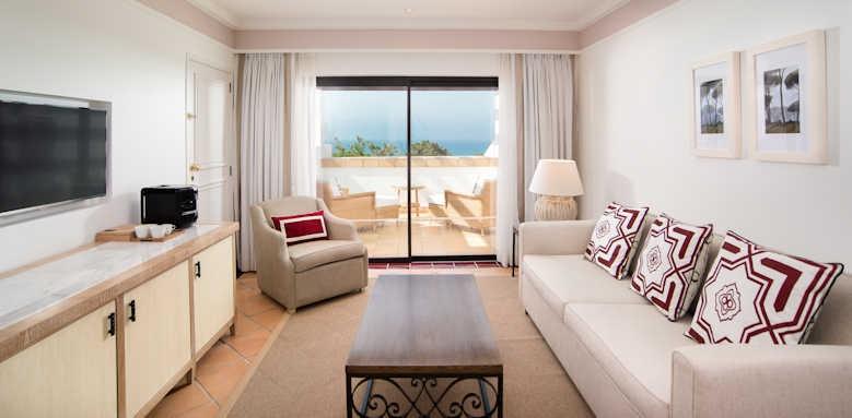 Pine Cliffs Hotel, duplex suite lower floor