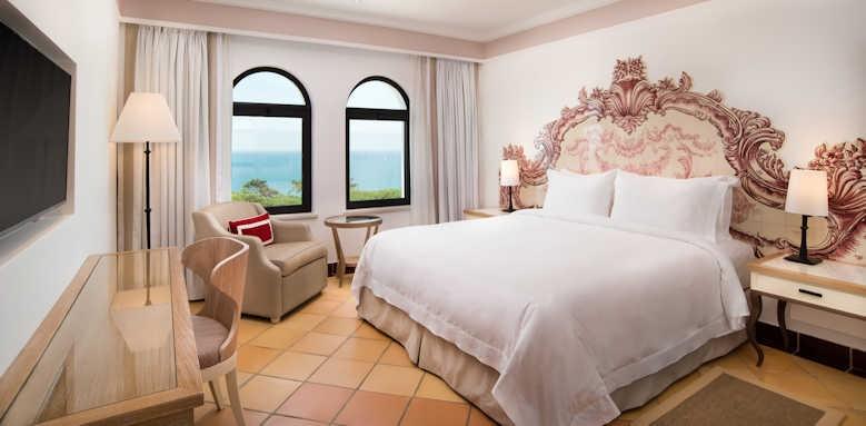 Pine Cliffs Hotel, Duplex Suite upper floor