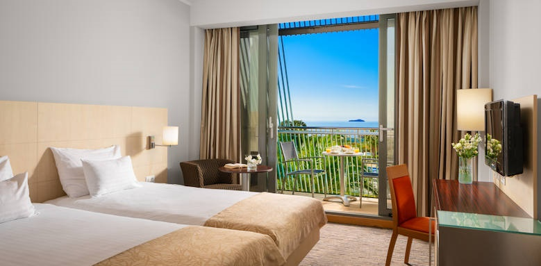 Valamar Lacroma, superior seaside room with balcony