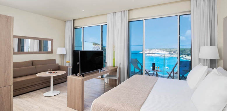 Melia Cala Galdana, the level suite