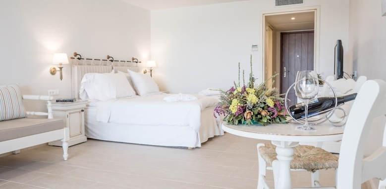 creta maris, open plan family suite