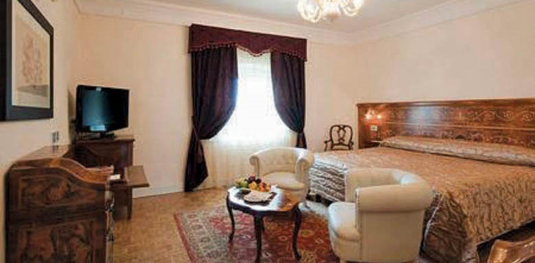 Grand Hotel Rimini, executive