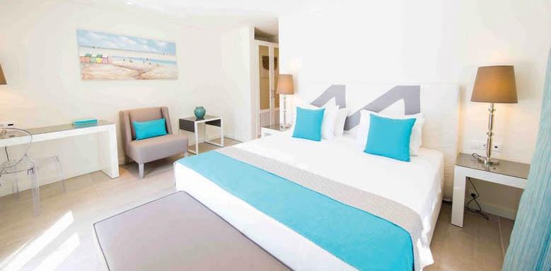 Marpunta, suite bedroom with sea view