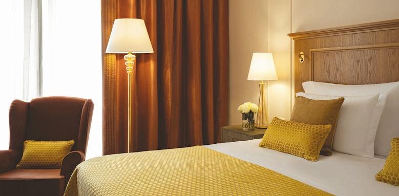 Corinthia Palace Hotel, executive room