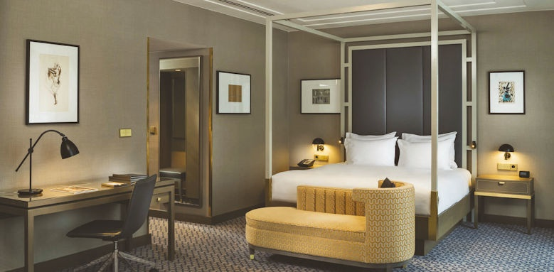 Hilton Vienna Plaza, junior suite