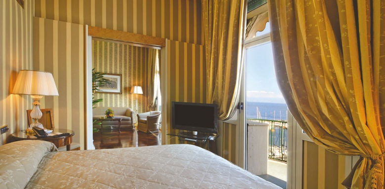 Grand Hotel Vesuvio, junior suite