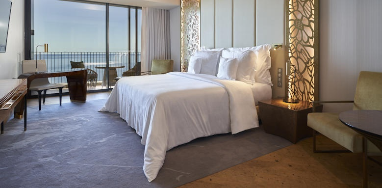 Savoy Palace, ocean view room