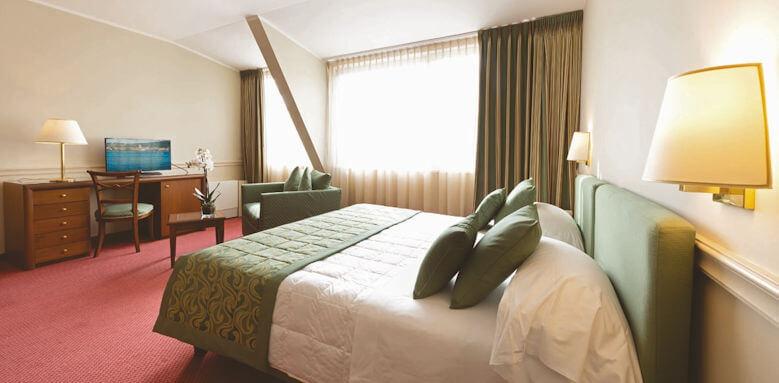 Hotel Barchetta Excelsior, classic city