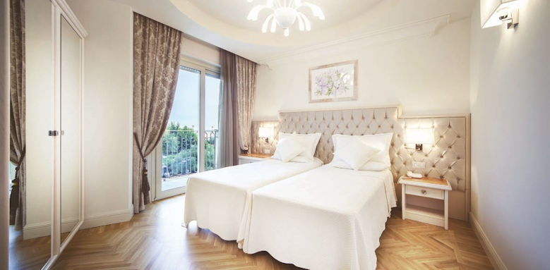 Aurelia, executive room